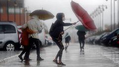 Las borrascas dejarán hoy lluvias fuertes en Canarias y en Cataluña