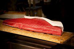 Aquí la Tierra - ¿Cómo se elabora la mojama de atún? Lo comprobamos en Murcia