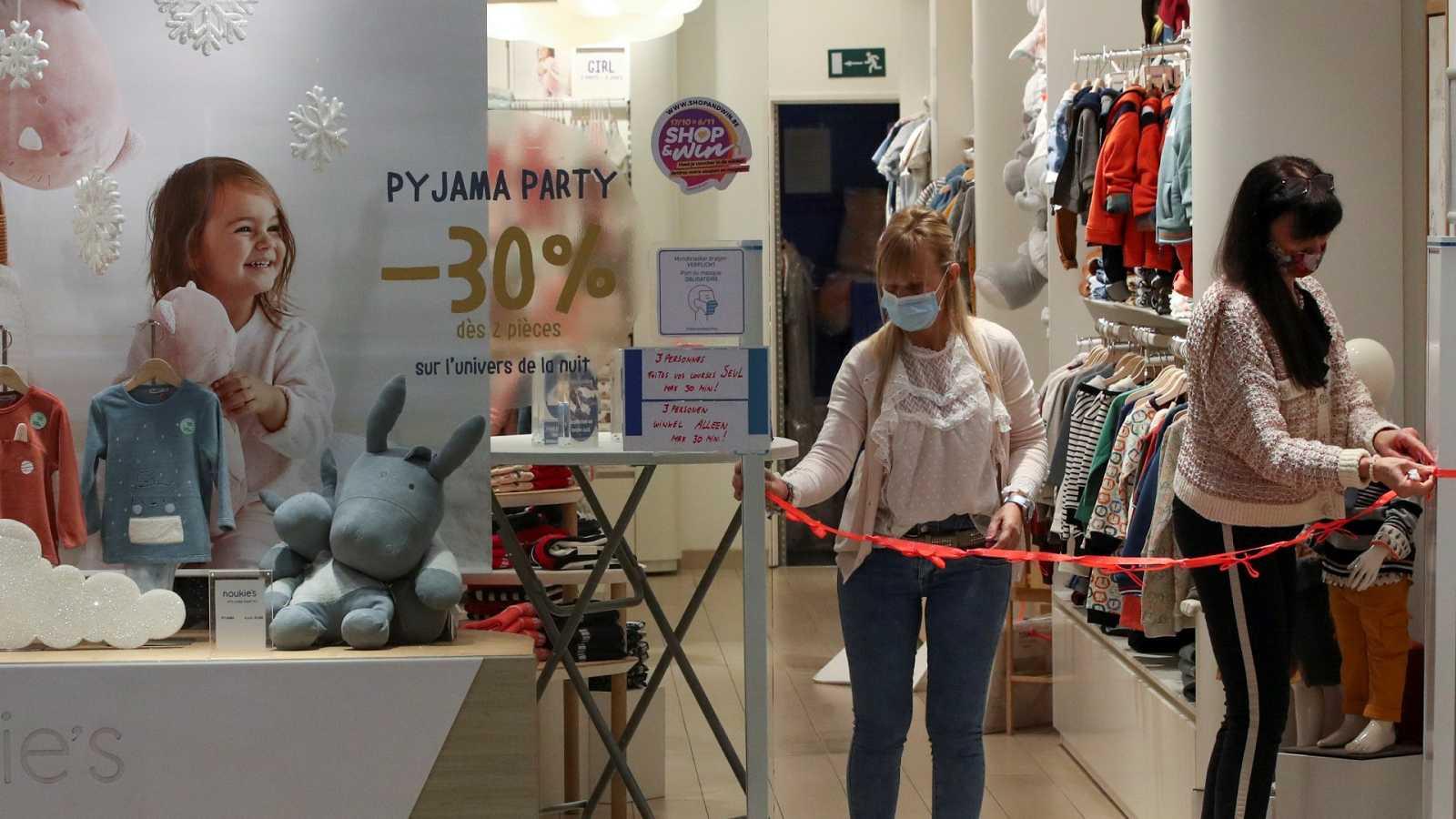 Bélgica reabre los comercios tras cuatro semanas de cierre y se prepara para una Navidad muy dura