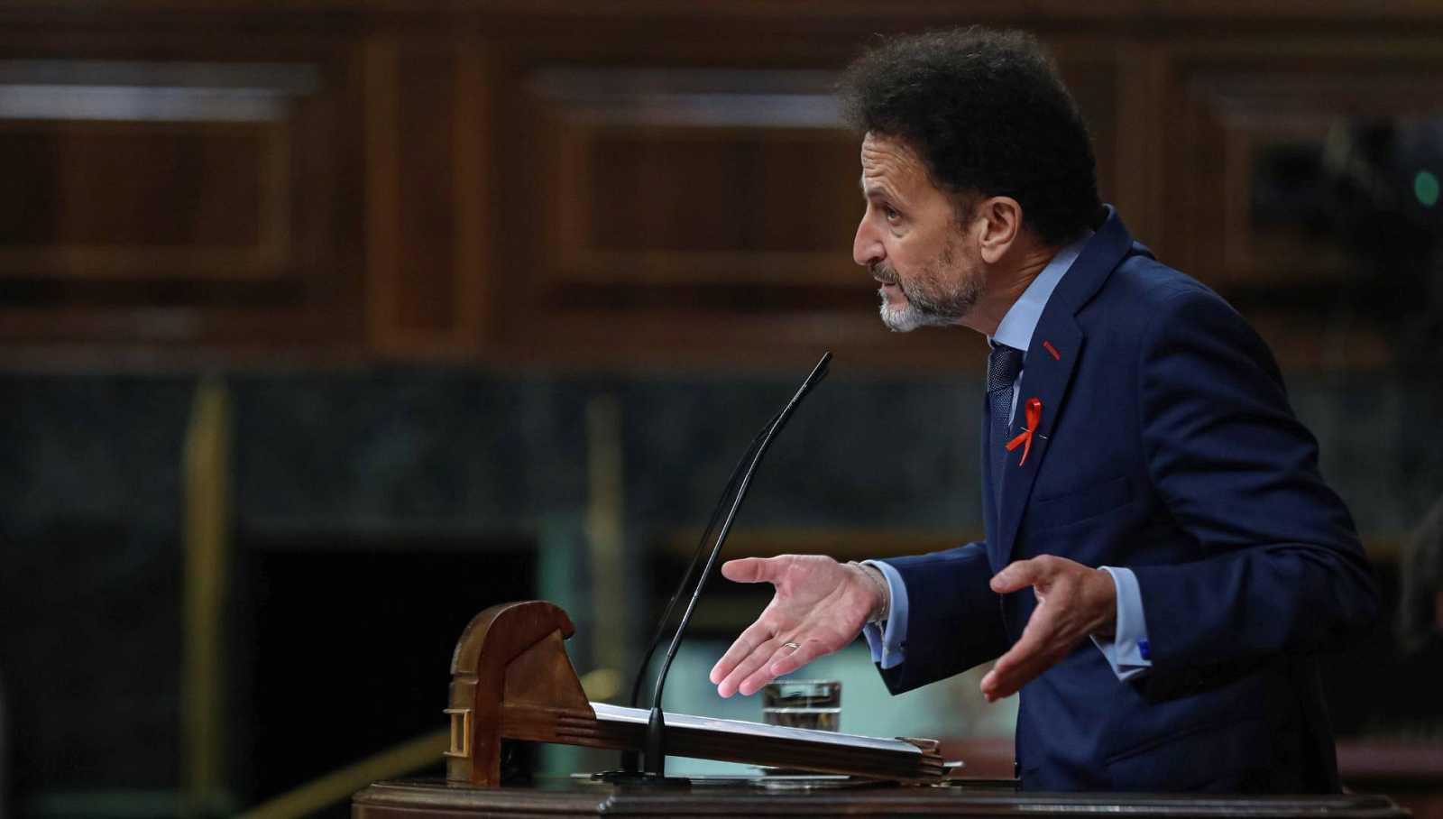 Las críticas al Gobierno por los pactos con Bildu y ERC marcan la sesión del Congreso