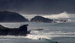 Precipitaciones localmente fuertes y persistentes en el oeste y sur de las islas Canarias de más relieve