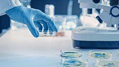 """Las vacunas de Pfizer y Moderna """"podrían prevenir la enfermedad, pero no el contagio"""", recuerdan los investigadores"""