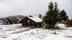 Lluvia fuerte en La Palma y nevadas en la cordillera Cantábrica y en Pirineos