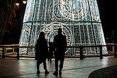 """Andalucía prescindirá del término """"allegados"""" en su plan para la Navidad"""