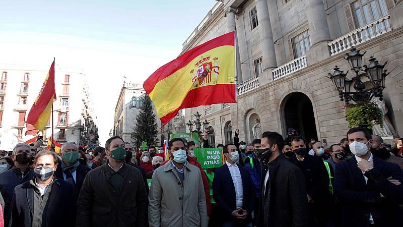 Abascal y Arrimadas conmemoran el 42 aniversario de la Constitución en Barcelona