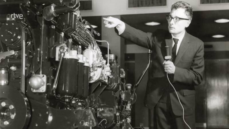 Imprescindibles explica que el primer empleo de Eduard Punset fue en los servicios exteriores de la BBC