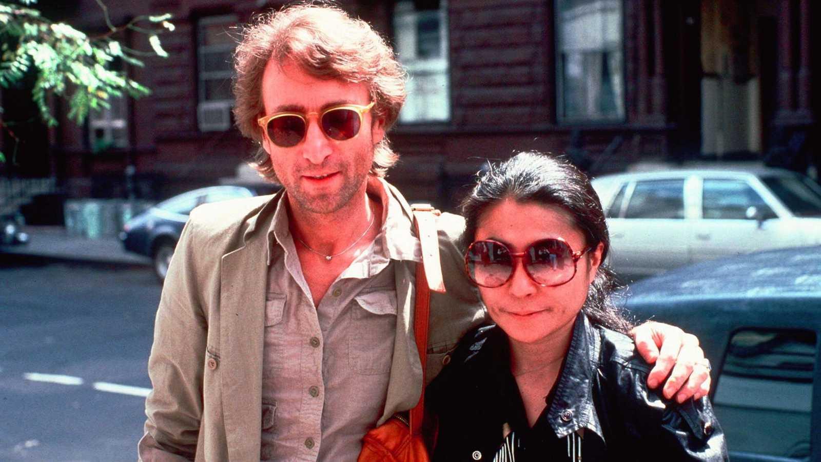 El mundo recuerda a John Lennon en el 40 aniversario de su asesinato