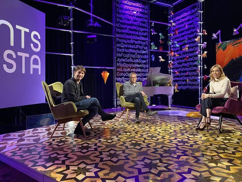 Punts de vista - L'obra de teatre 'Mètode Grönholm', el grup La La Love you i Ana Mena