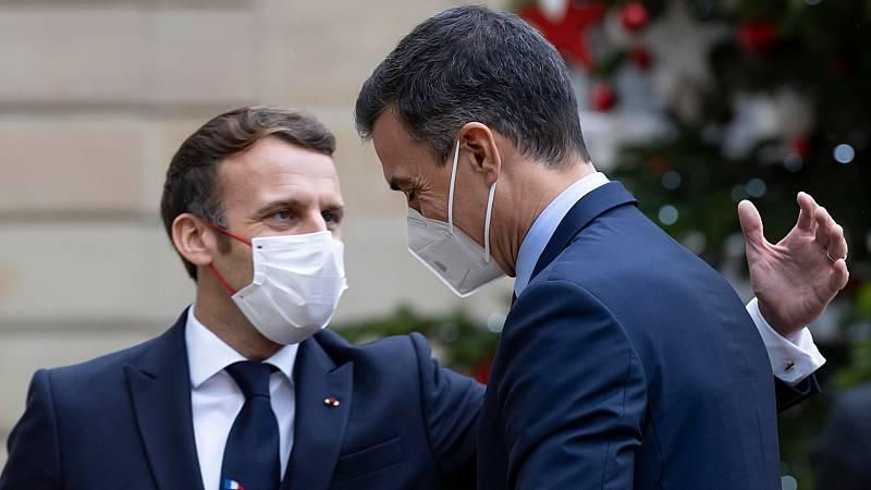 Sánchez, en cuarentena hasta Nochebuena por el contagio de Macron