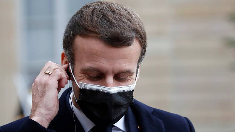 Emmanuel Macron, positivo en COVID-19