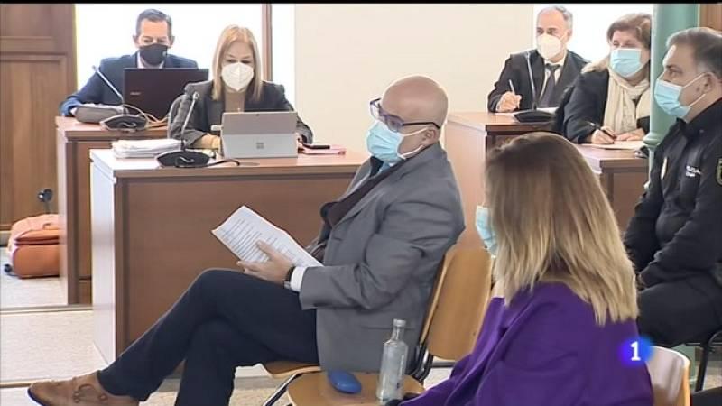 O falso médico 'Coté' e os afectados acordan seis anos de cárcere