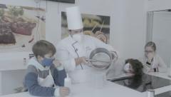Esferificaciones de aceituna y de yogurt con Laura Tamayo