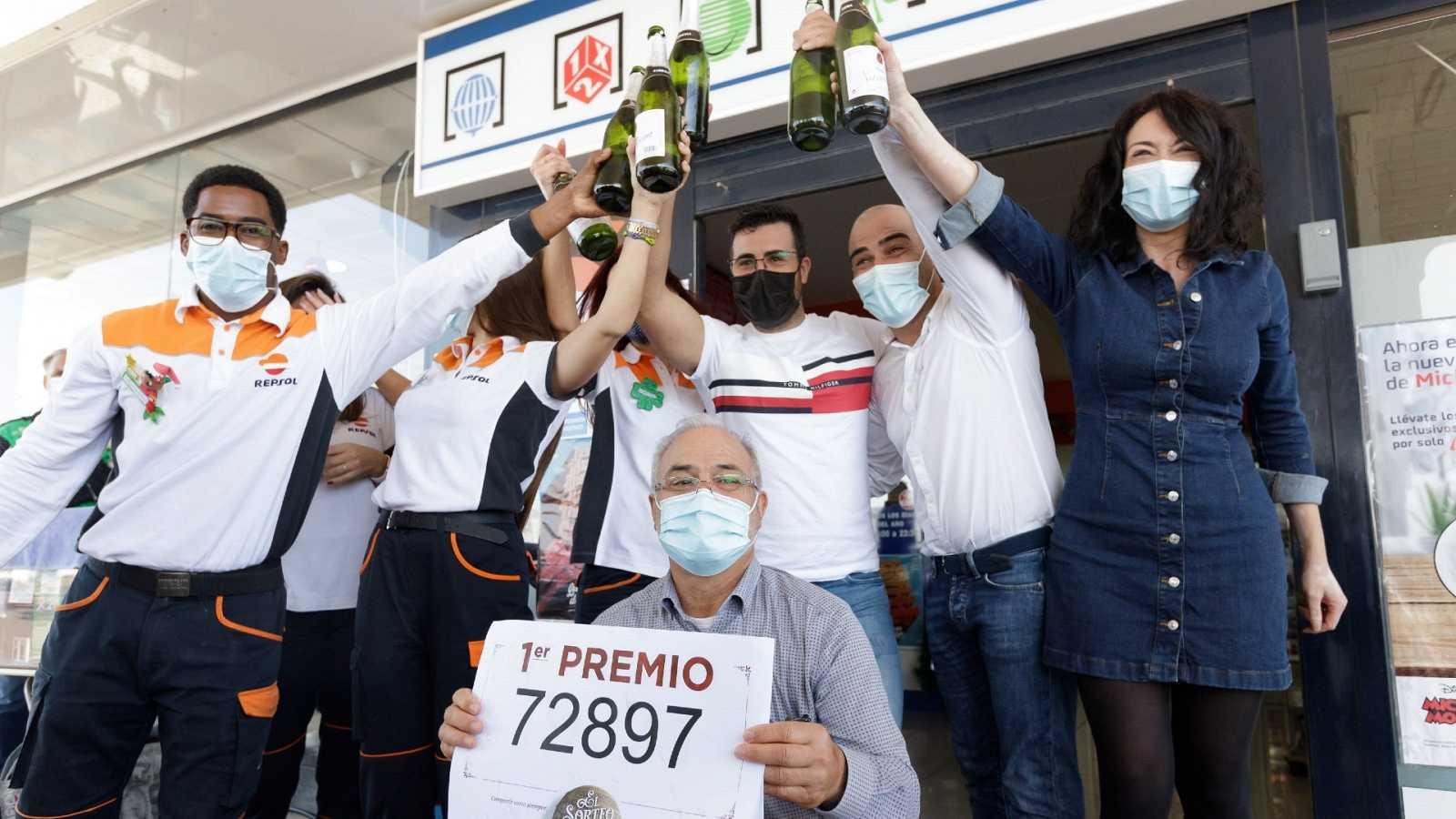 El 72.897, el Gordo de la Lotería de Navidad, reparte suerte sobre todo en Andalucía y Reus