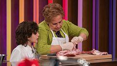 Lidia encuentra la fórmula para que Javier le deje cocinar