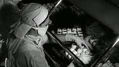 Victorias sanitarias: cronología de la vacunación en España, a través del archivo de RTVE