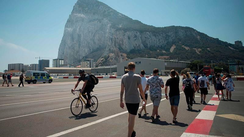 Principio de acuerdo entre España y Reino Unido para eliminar la verja de Gibraltar