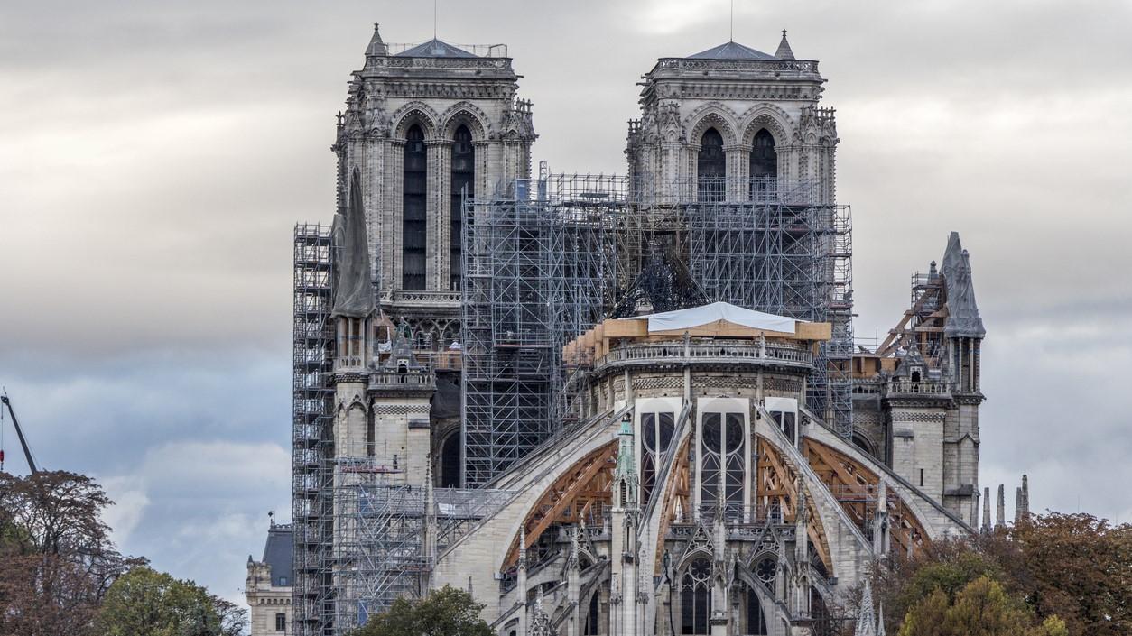 Comienza la restauración de Notre Dame sin un presupuesto cerrado