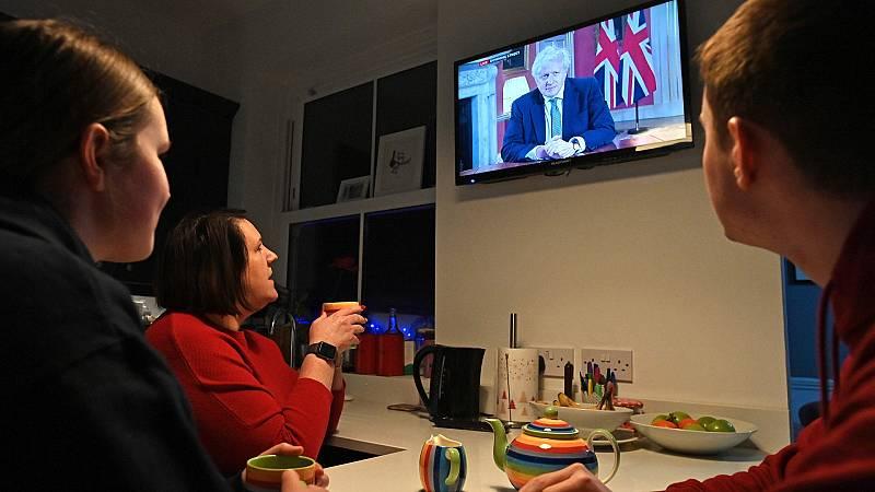 Inglaterra vuelve al confinamiento nacional