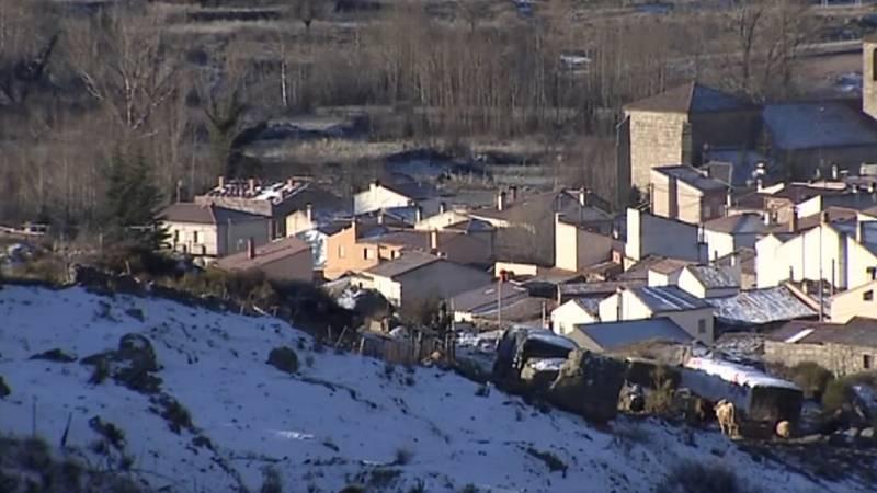Así convive con el frío extremo el pueblo abulense de Riofrío