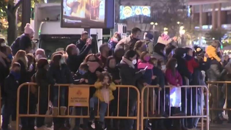 Polémica por la aglomeración en la cabalgata de Reyes en Valencia