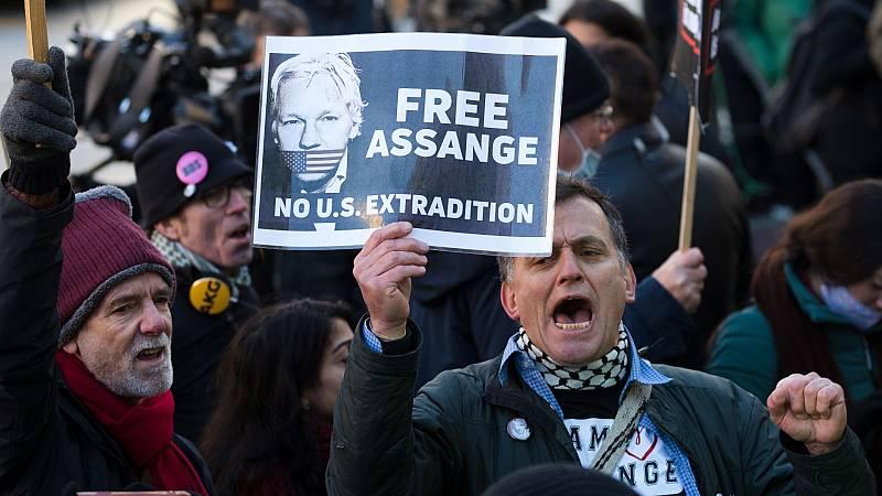 La justicia británica deniega la libertad condicional a Assange por riesgo de fuga