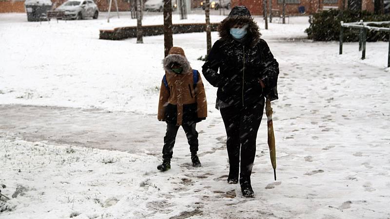 La borrasca Filomena mantiene a España en alerta por frío, nieve y lluvia