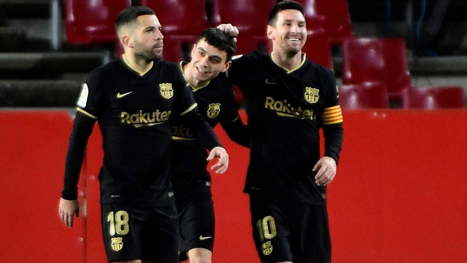 Barcelona y Real Sociedad preparan la Supercopa en Córdoba