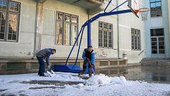 La reapertura de muchos colegios podría retrasarse porque sigue habiendo mucha nieve acumulada