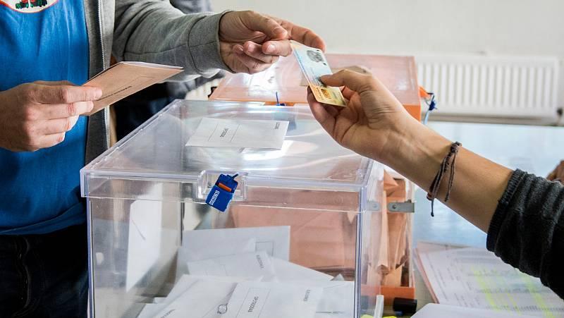El Gobierno recuerda que la ley electoral no contempla la suspensión de las elecciones en Cataluña