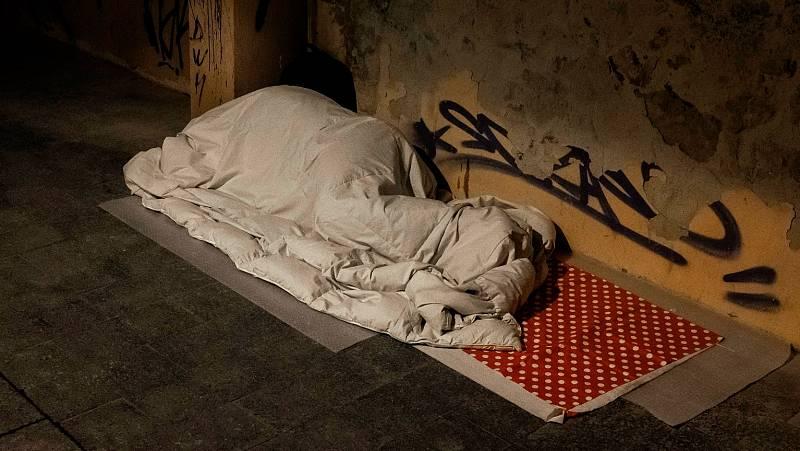 """Personas sin hogar: """"Como mucho voy a pasar un mes, mejor me quedo en la calle"""""""
