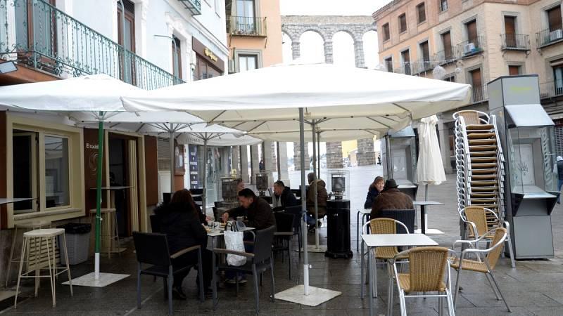 Castilla y León adelanta el toque de queda a las 20:00 por el aumento de contagios