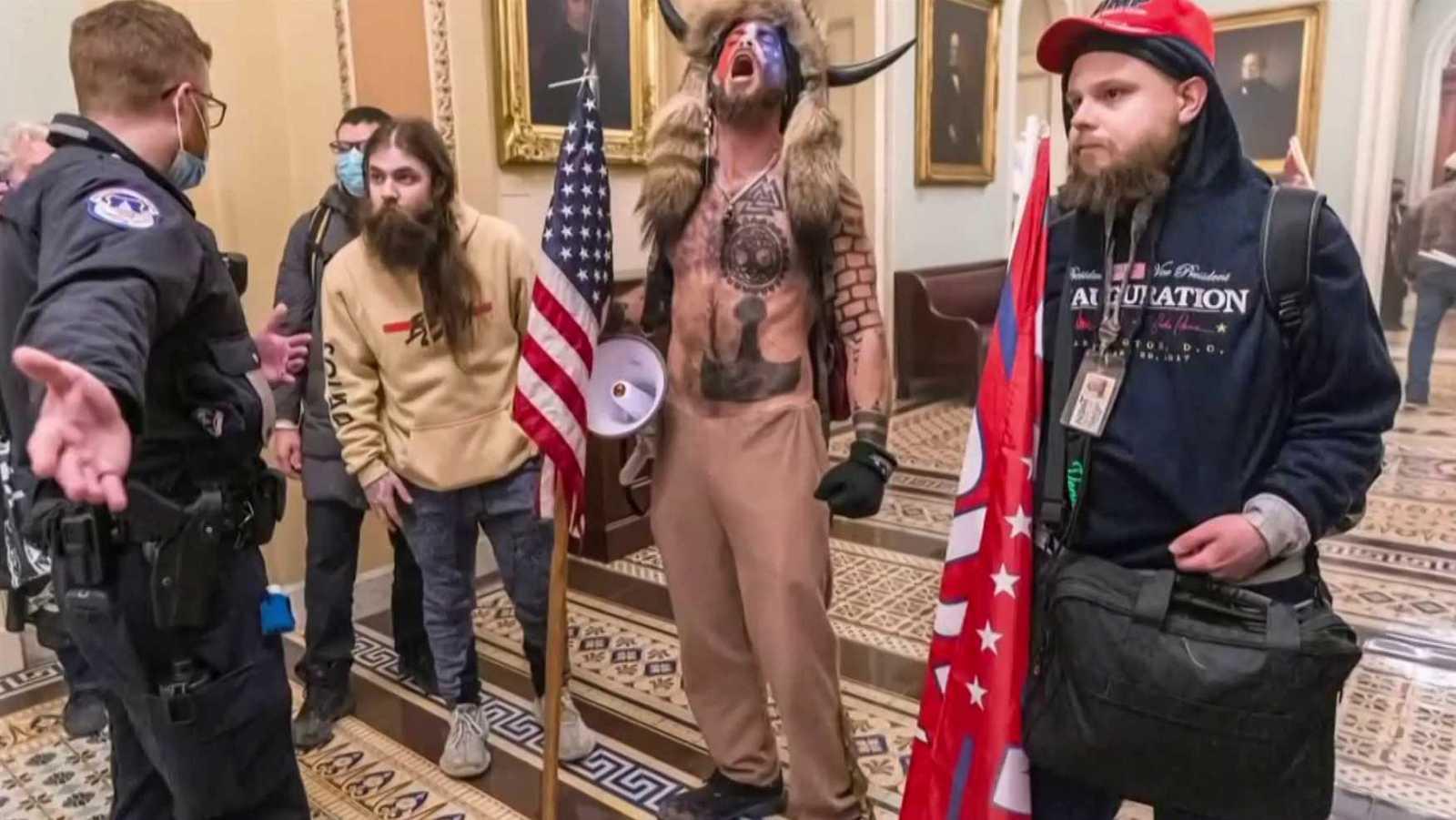 'USA. Presidentes, golpes y no golpes'