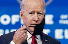 Biden advierte de que la situación con la COVID-19 va a empeorar y presenta su plan de vacunación