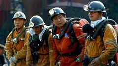 Localizan con vida a 12 de los 22 mineros chinos atrapados desde hace una semana