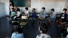 Aumentan los contagios y las aulas confinadas en centros educativos de toda España