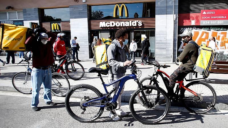 Los 'riders' se quedan sin repartos por el estado de las calles afectadas por Filomena
