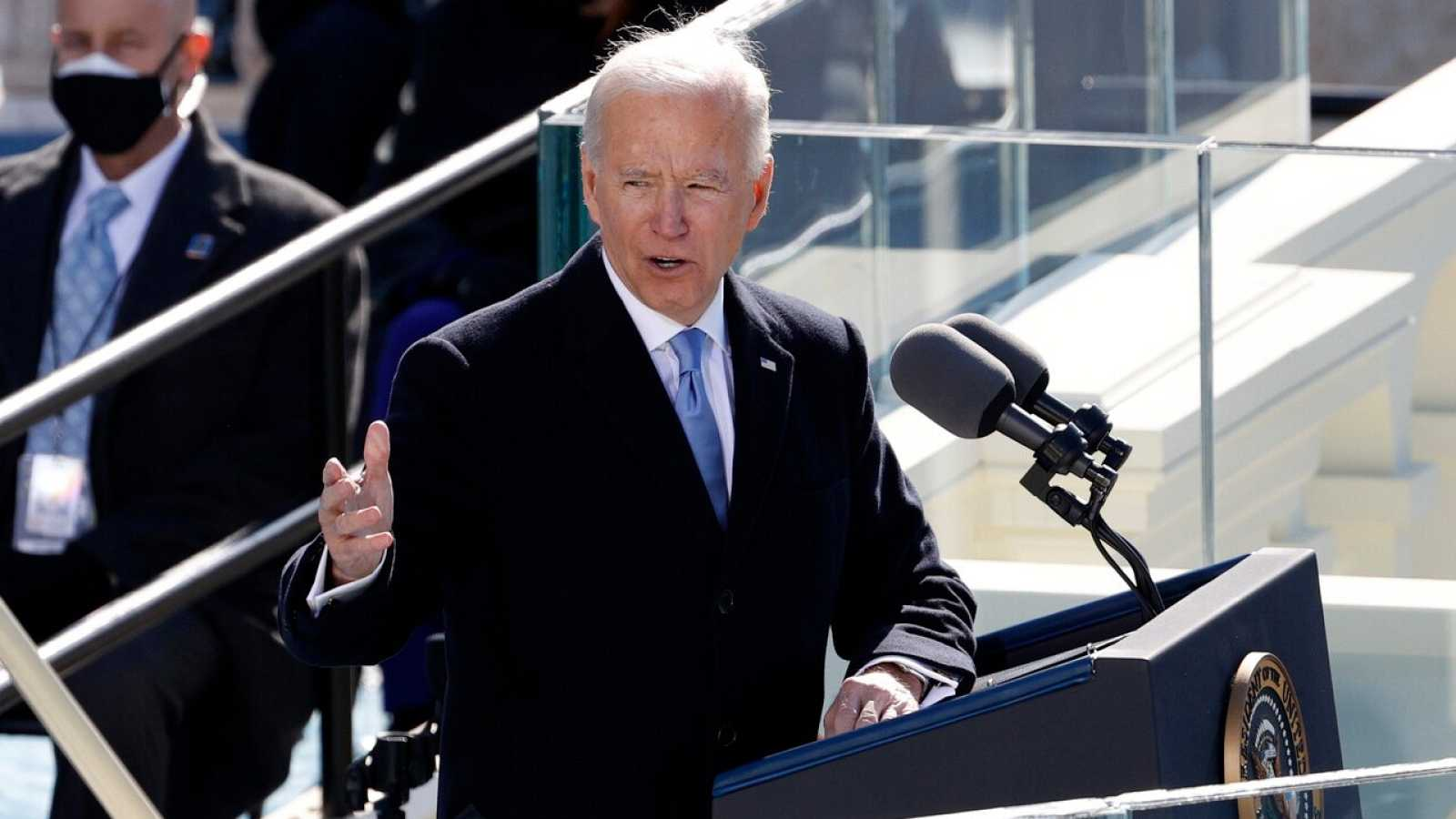 """Joe Biden, tras jurar su cargo: """"La democracia ha vencido"""""""
