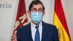 Dimite el consejero murciano de Salud tras las críticas por vacunarse contra la COVID-19