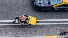 La realidad de los riders: La mayoría asegura que trabaja 12 horas diarias