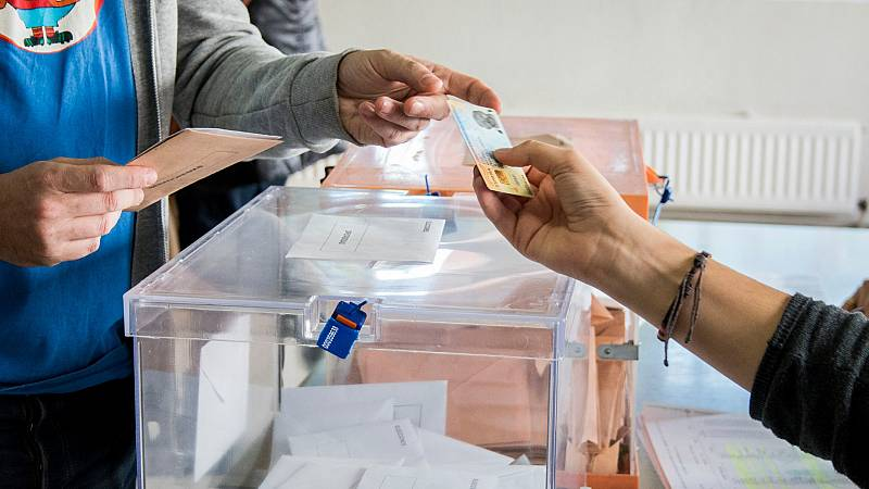 El 14F, la fecha provisional para las elecciones catalanas