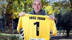 """Jose Juan, el héroe del Alcoyano: """"Estoy abrumado con lo que me está pasando"""""""