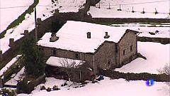 La nieve ha aislado más aún entornos rurales como la Vega de Pas