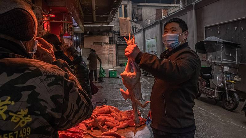 Wuhan intenta recuperar la normalidad un año después de decretar el confinamiento