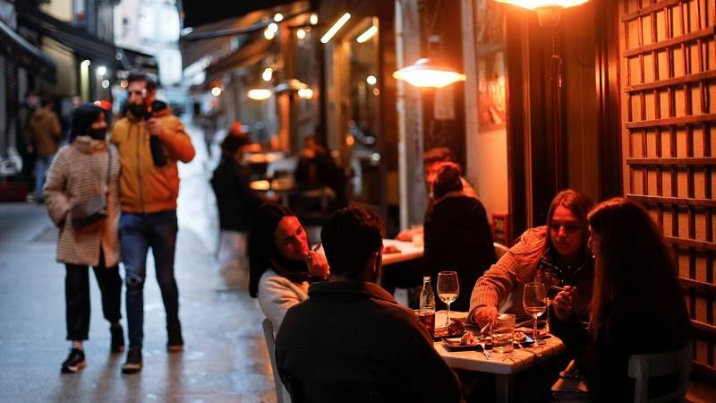 Madrid endurece sus restricciones ante el alto nivel de contagios y el colapso sanitario