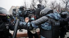 Un millar de detenidos en Rusia en protestas en apoyo a Navalny