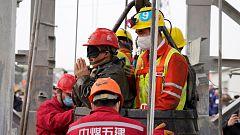 Rescatan a once mineros en el este de China después de 14 días atrapados
