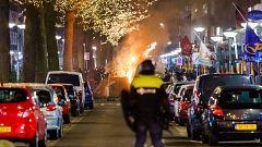 Tercera noche consecutiva de protestas contra el toque de queda en Países Bajos