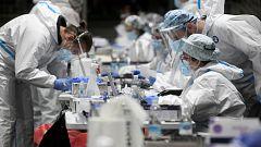 Sanidad alerta de que la rápida expansión de la cepa británica del coronavirus podría elevar los ingresos y las muertes
