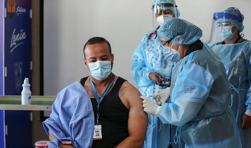 """La vacunación se hace esperar en Latinoamérica: """"La prioridad la tienen los países más desarrollados"""""""