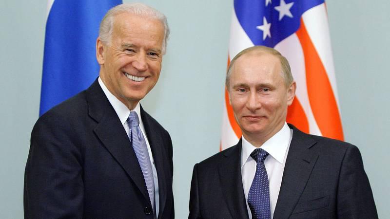 Biden habla por primera vez con Putin sobre Ucrania, Navalny o la extensión del acuerdo nuclear